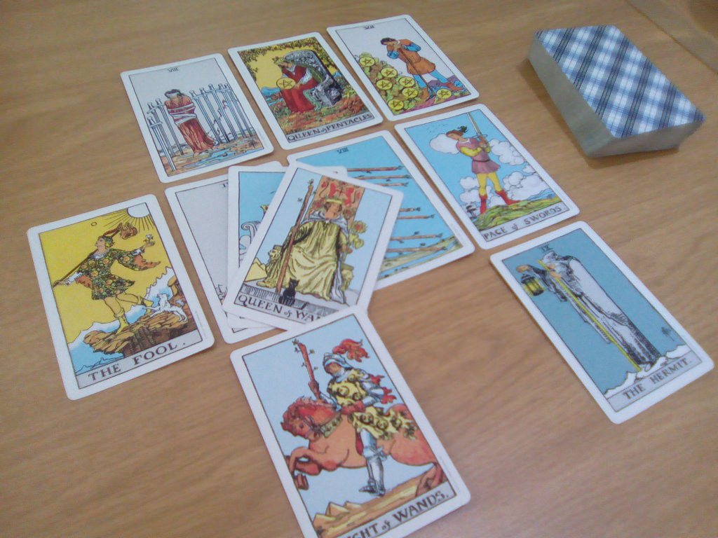 Can tarot cards successfully help you pick lottery numbers?